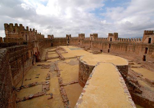 Visitas en ja n reservas online tours guiados en ja n beda baeza bonos tur sticos - Castillo de banos de la encina ...